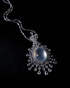 Zhaoyi. Colourless icy jadeite pendant necklace with diamonds...♡