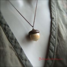 Glass Autumn Acorn Necklace  (I desperately want to get one of these charming little necklaces but I can't decide on which one!)