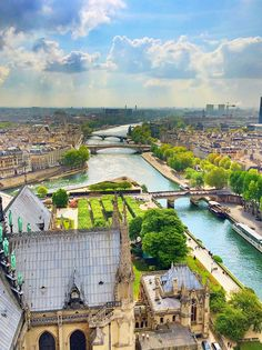 Sightseeing in Paris - Tips for planning a Paris Vacation (pictured: View from Notre Dame cathedral)
