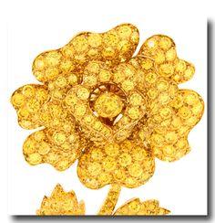 Inv. #17187 Van Cleef & Arpels Yellow Diamond Flower Brooch 18k c1990s