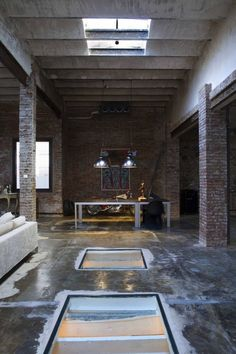 Barcelona Industrial Loft.... so many possibilities with this space
