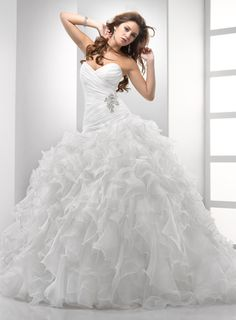 Sottero and Midgley: Chrystelle
