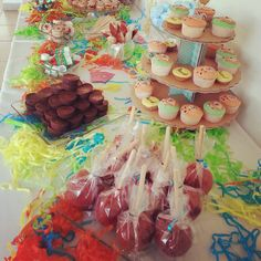 Candy bar. Mesa de postres.  Baby shower niño.  Candy Station