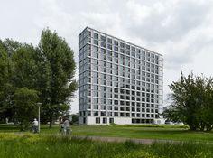 Student Housing Campus Eindhoven University of Technology / Office Winhov + Office haratori + BDG Architecten