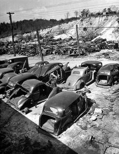 vintage everyday: Vintage Photos of Classic Car Salvage Yards and Wrecks