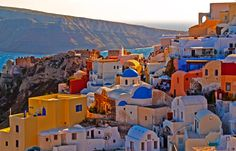 Greek honeymoon. Book your Greece honeymoon package to live your dream in Greece. Enjoy Greek islands like Santorini, Rhodes, Crete, Mykonos etc