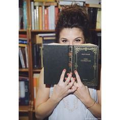 Vivere più di una vita attraverso la lettura.  #reading #pages #books
