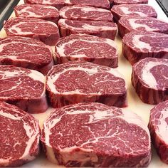 Steak party who wants to come with us? Tag in your best bbq pictures to be featured. by bbq. Bbq Beef, Barbecue, Carne Asada, Carne Madurada, Bbq Nation, Cooking The Perfect Steak, Meat Packing, How To Cook Beef, Best Steak