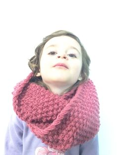 andréa copie Plus Easy Knitting, Knitting For Beginners, Loom Knitting, Crochet Scarves, Knit Crochet, Knifty Knitter, Knit Fashion, Foie Gras, Mad Hatter