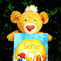 Un Selfie perfect ⋆ K. Selfie, Mai, Teddy Bear, Toys, Animals, Activity Toys, Animales, Animaux, Teddybear