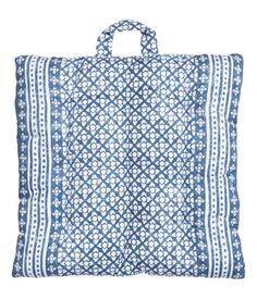 HM | outdoor cushion