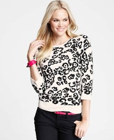 Petite White Leopard Jacquard Sweater | Ann Taylor... online price Php2270, but for me at ukay-ukay yesterday: Php150. Gotta love the 93% OFF! Haha.
