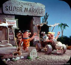 View-Master The Flintstones Reel 1 Scene 1 Classic Cartoon Characters, Cartoon Tv, Classic Cartoons, Gi Joe, Yabba Dabba Doo, Wilma Flintstone, Dino Eggs, Famous Cartoons, 1970s Cartoons