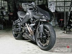 2010 XB12SCG LIGHTNING | BEAST MODE http://www.superstreetbike.com/features/2010-buell-xb12scg-lightning-beast-mode?image=4