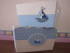 Cajas bebe Baby Nursery Decor, Baby Decor, Kit Bebe, Baby Box, Kids Boxing, Wooden Boxes, Toy Chest, Wood Projects, Diy Furniture