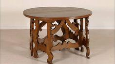 Alcuni dei tavoli di antiquariato del 700, 800 e 900 disponibili sul nostro catalogo online: http://www.dimanoinmano.it/it/cs91/antiquariato/table