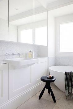 Chameleon, Double Vanity, Bathtub, Bathroom, Interior, House, Standing Bath, Washroom, Bathtubs