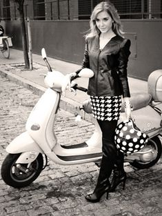 Black, White & Amy Conway Jewelry all over #vespa #amyconway #holiday2014 #photoshoot #nyc