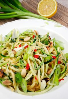 Asiatische Zucchininudeln Low Carb - Gaumenfreundin - Foodblog mit gesunden Rezepten
