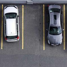 Come vivere senza rimpianti: la teoria del parcheggio libero