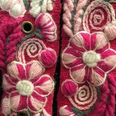 Cinturón Rosado peruano bordado en lana de Huancayo - Perú