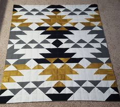"""62 Likes, 13 Comments - Ashley Bahm (@ashleyannesewing) on Instagram: """"#sequoiaquilt #quilting #straightlines"""""""