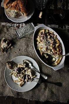 Small rigatoni with chicken, mushrooms and chouriço