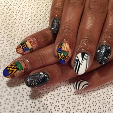 25 Times Nail Art Blew Your Mind In 2015 - Belle et Fou - 25 Times Nail Art Blew Your Mind In 2015 This awesome mix of kente cloth/galaxy nails. Galaxy Nail Art, Galaxy Makeup, Pedicure Nail Art, Manicure, Rasta Nails, Tribal Nails, Diva Nails, Wedding Nails Design, Cool Nail Designs