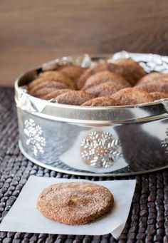 Cinnamon Cookies or Snickerdoodles - Pilar's Chilean Food & Garden Simply Recipes, Sweet Recipes, Chilean Recipes, Chilean Food, Cinnamon Cookies, Decadent Cakes, Sweet Cookies, Latin Food, Homemade Cookies