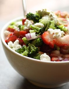Strawberry Cashew Broccoli Salad with goat cheese and avocado dressing | Drool-Worthy