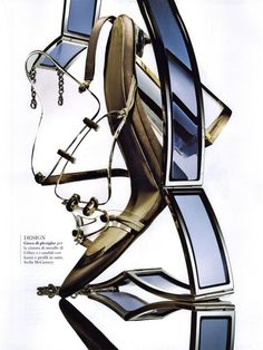 https://www.myfdb.com/editorials/42482/image/127294-flair-editorial-f-next-june-2009-shot-3 My Fashion Database: Flair Editorial f Next, June 2009 Shot #block #heel #gold #shoe #belt #fashion #photography #magazine #editorial #MYFDB