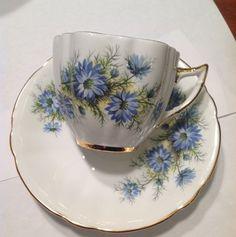 WINDSOR Tea Cup and Saucer / Blue Flowers Bone China