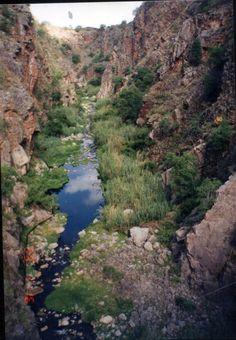 Quebrada de Olta, desde el muro del dique. En La Rioja, Argentina