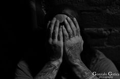 https://flic.kr/p/SyzeLw | Night Out Shooting | #GonzaloGaticaPhotography #LasVegas #Vegas #SinCity #WhatHappensInVegas #BAndW #BlackAndWhitePhotography #StreetPhotography #Canon5DMarkIV #CanonShooter #Photography #Photographer #Travel #TravelPhotography #Graffiti #GraffitiArt #Tattoo #Tattoos #Fremont #FremontStreet #FremontStreetExperience #FremontExperience #Nevada #SilverState #DanBushKin #StreetArtist #ArtDistrictLasVegas #DowntownLasVegas #OldLasVegas #FotografoArgentinoEnLasVegas…
