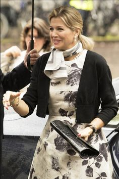 19 May 2015 - Queen Maxima attends a conference at Utrecht University - dress by Natan, shoes by Christian Louboutin, clutch by Carland Copenaghen