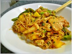 Mango Chicken Stir Fry! Might try this with pineapple instead of mango