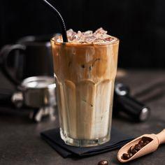 Iced Mocha, Iced Coffee, Coffee Mugs, Cafe Food, Food N, Food And Drink, Sugar Sticks, Smoothie, Cuppa Joe