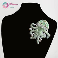 Brooch Jellyfish. Materials: Swarovski crystals, Swarovski pearls, Japanese beads, sequins, genuine leather