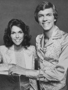Blog post about 1970s superstar, Karen Carpenter, on the 30th anniversary of her death from complications resulting from anorexia nervosa. Description from pinterest.com. I searched for this on bing.com/images