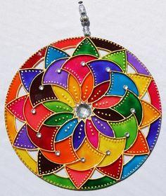Glass Painting Patterns, Glass Painting Designs, Dot Art Painting, Acrylic Wall Art, Easy Mandala Drawing, Mandala Artwork, Stained Glass Crafts, Stained Glass Designs, Old Cd Crafts