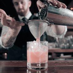 1942 Martini Cocktail Recipe #HappyHour #Drinks #Cocktails #Recipes