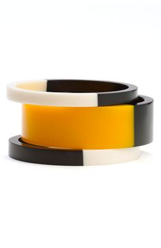 I need & want these three Color-Blocked Bangles Summer Accessories, Jewelry Accessories, Fashion Accessories, Fashion Jewelry, Bijoux Design, Schmuck Design, Jewelry Design, Bangle Set, Bangle Bracelets