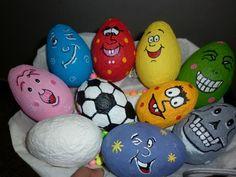 Image issue du site Web http://full.creative.touchtalent.com/Paper-mache-eggs-43525.jpg