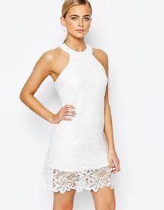 Fashion Union - Robe en dentelle à col montant