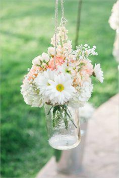 wedding flowers wedding aisle decor @weddingchicks