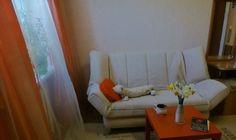 Cданные дома / 3-комн., Краснодар, Хабаровская улица, 4 580 000 http://krasnodar-invest.ru/vtorichka/3-komn/realty237862.html  р-н Карасунский, ул Хабаровская, 77 Цена указана вместе с мебелью, возможен вариант продажи без неё, торг. Площадь 62,6 + лоджия 6,21 + кладовая в подвальном помещении. Так же есть возможность приобрести капитальный гараж прямо во дворе дома (земля и гараж в собственности). Окна выходят на обе стороны, с крытой панорамой. Оконный профиль в комнатах - KOMMERLING, на…