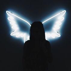 grafika angel, light, and wings