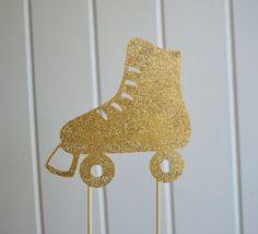 Glitter roller skate cake topper by Blissandcodesigns on Etsy 7th Birthday Cakes, Girl Birthday Cards, Birthday Cake Toppers, Birthday Parties, Birthday Ideas, Roller Skating Party, Skate Party, Roller Skate Cake, Motown Party