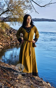 Sale! Early Medieval  dress made of wool. Size M/L ready for shipping! Viking Kirtle Cote Garb  Viking costume, reconstruction.