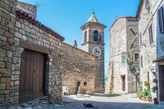 10 villages in Tuscany